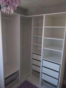 Corner Pax wardrobe assembly