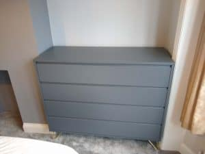 Flat-Pack-chest-of-drawers-assembly